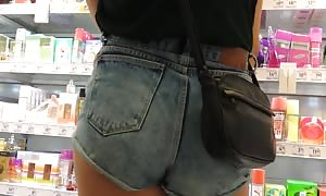 steamy booties in shorts2